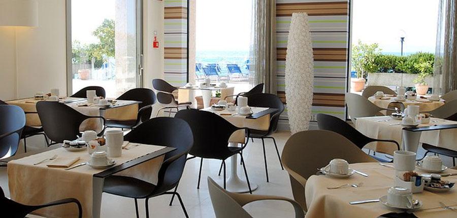Eden Hotel, Sirmione, Lake Garda, Italy - Breakfast room.jpg